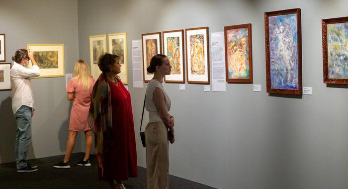 25 августа в музее «Новый Иерусалим» открылась выставка «XX век: отражение на бумаге»