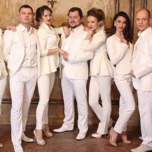 Концерт арт-группы «Хор Брависсимо» «Новогодняя полночь»