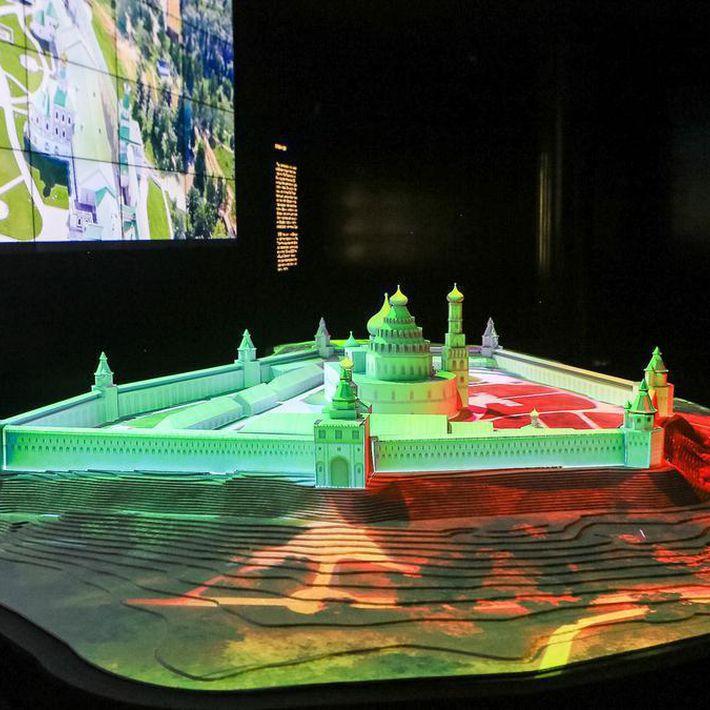 Экскурсия по выставке «Новый Иерусалим – памятник истории и культуры XVII–XX веков»